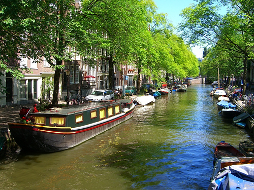 amsterdam, canals, travel, hotspots, lodgings, travel, travel tips