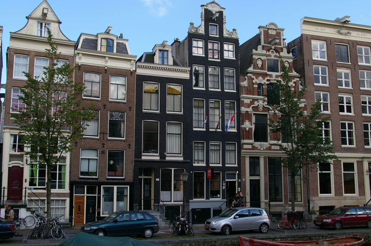 dutch architecture buildings tall amsterdam narrow lean tag
