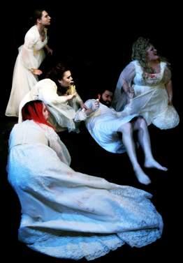 Alezanders - Dracula Vixens and Harker (002)